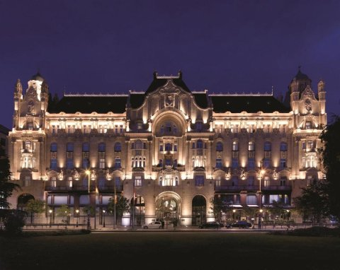 布达佩斯格雷沙姆宫四季酒店(Four Seasons Hotel Gresham Palace Budapest)
