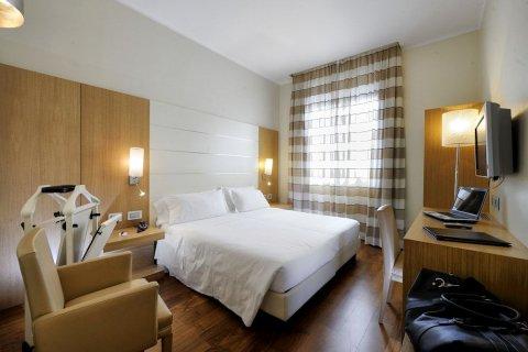 加拿大酒店(Hotel Canada)