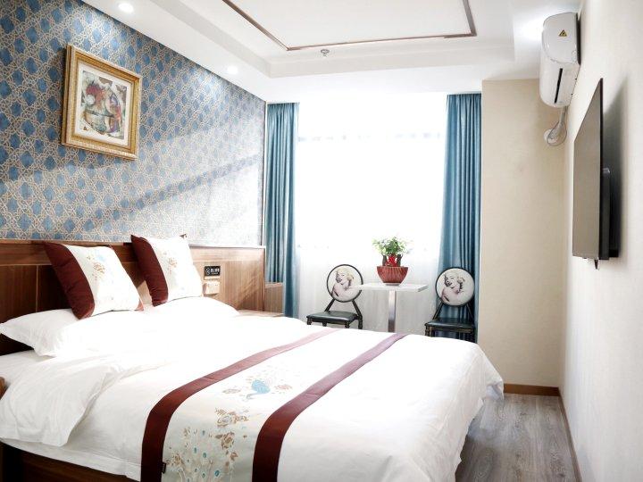 汉庭酒店(上海陆家嘴源深体育中心地铁站店)