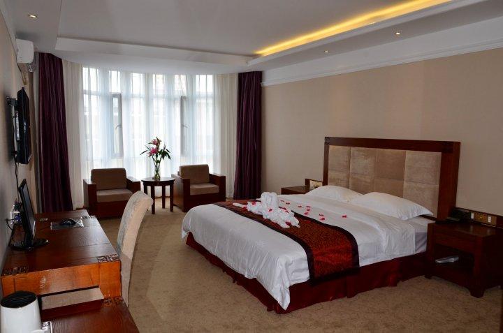 吉林王宫假日酒店