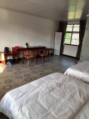 龙南唐青梅公寓(4号店)