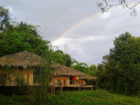 彩虹旅社(Rainbow Lodge)