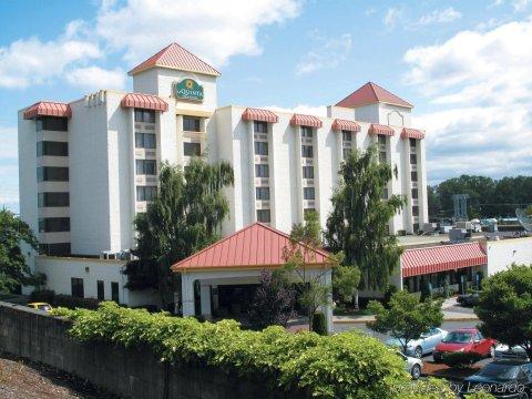 西雅图塔科马拉昆塔套房酒店(La Quinta by Wyndham Tacoma - Seattle)