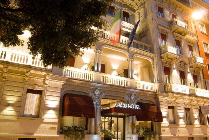 维罗纳英迪格酒店 维罗纳艺术大酒店(Hotel Indigo Verona - Grand Hotel Des Arts)