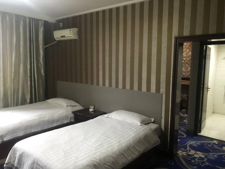 伊宁县龙泉酒店