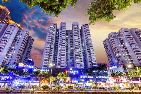 柏曼酒店(广州天河体育中心林和西地铁站店)