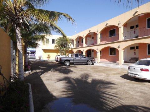 卢斯阿科斯广场酒店(Hotel Plaza Los Arcos)