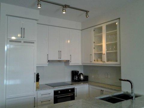 多伦多出租套房 - 湾景村(Toronto Suite Rentals - Bayview Village)