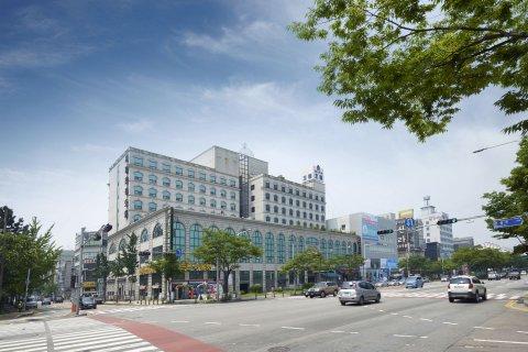 Siheung Tourist Hotel