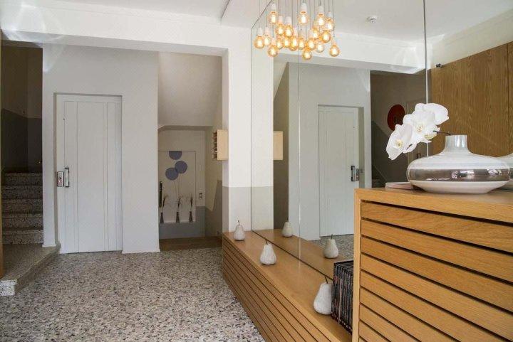 凯帕克德梅尔公寓酒店(Key Inn Appart Hotel Parc de Merl)