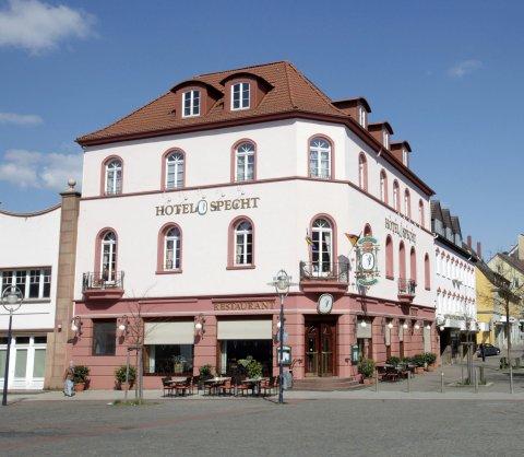 施佩希特酒店(Hotel Specht)