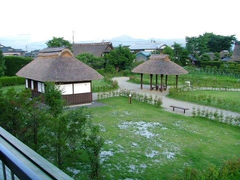 忍野湖酒店(Lake Oshino)