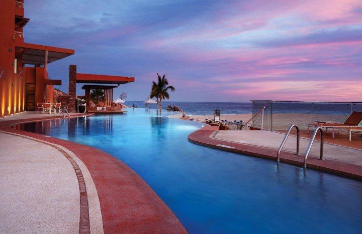 巴贾景点度假村别墅酒店(Baja Point Resort Villas)