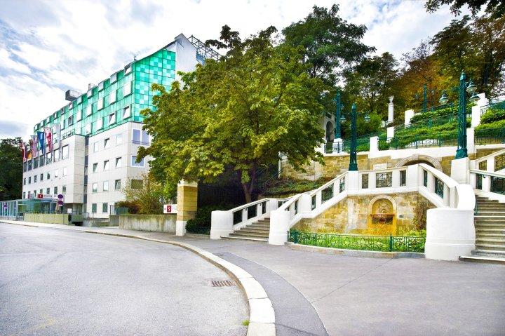 斯多霍夫宫殿酒店(Hotel & Palais Strudlhof)