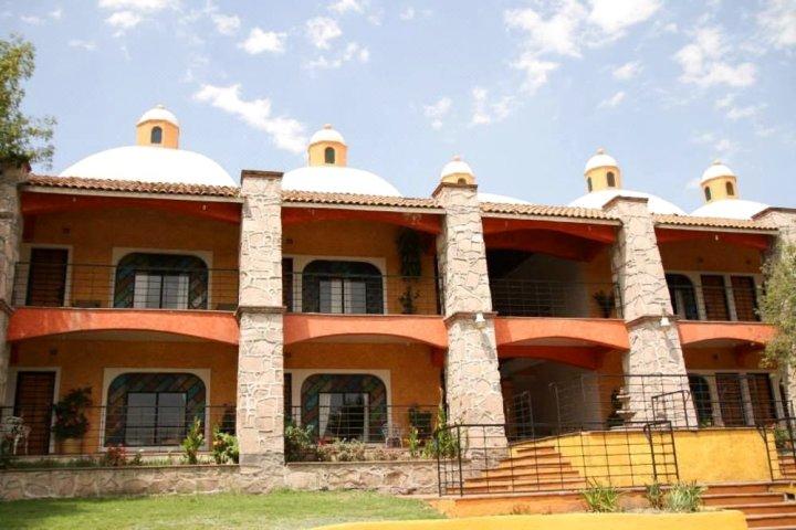 拉埃斯康迪达酒店(Hotel La Escondida)