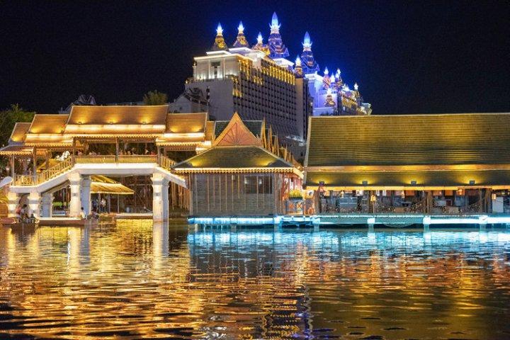 西双版纳告庄江景湾酒店