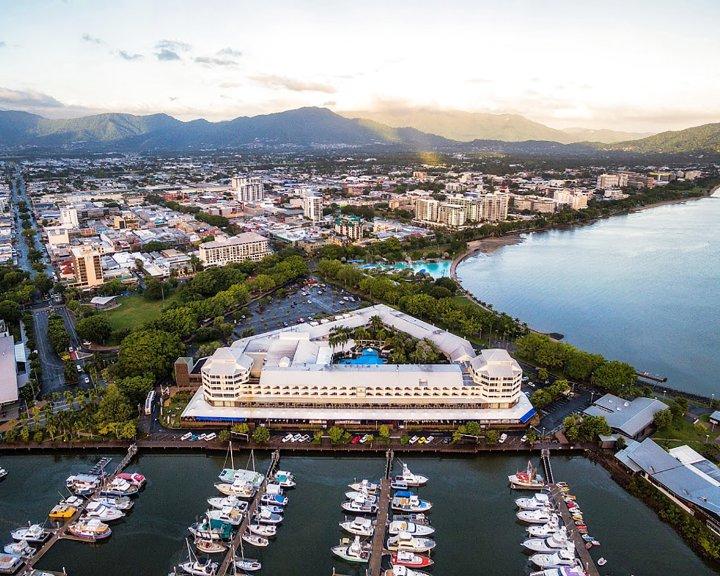 凯恩斯香格里拉大酒店(Shangri-La Hotel, the Marina, Cairns)