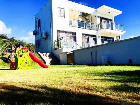 塞班岛中心 海军山度假海景泳池别墅2号(Saipan Ocean View Swimming Poor Villa 2)