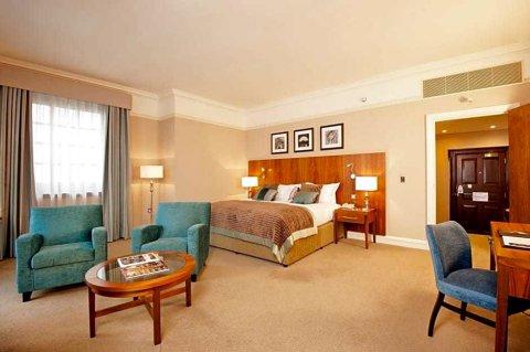 约克格兰德酒店(The Grand York)