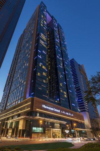 迪拜喜来登大酒店(Sheraton Grand Hotel, Dubai)