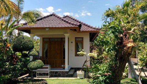 巴厘岛星光大罗维纳酒店(Starlight Hotel Lovina Bali)