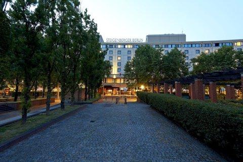 柏林施柏阁度假酒店(Steigenberger Hotel Berlin)