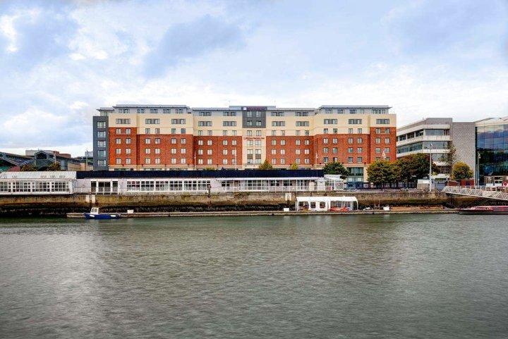 都柏林海关大楼希尔顿花园酒店(Hilton Garden Inn Dublin Custom House)
