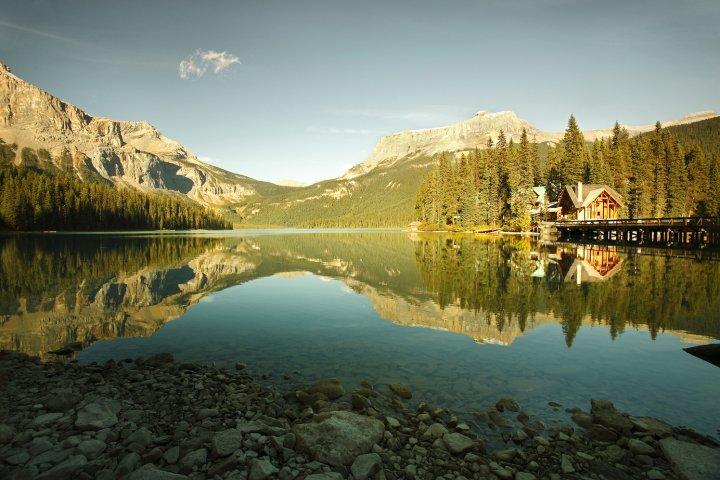 翡翠湖山林小屋度假村(Emerald Lake Lodge)