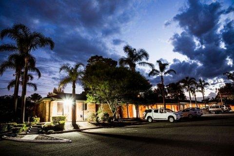 湖景汽车旅馆(Lakeview Hotel Motel)