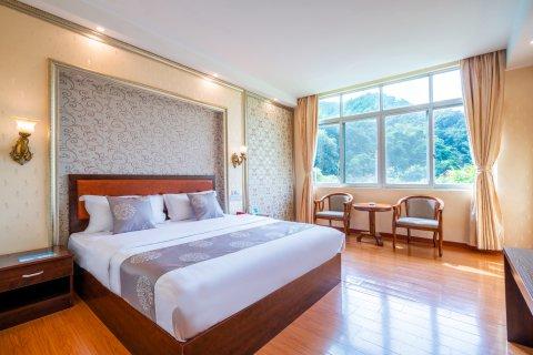 四会奇石河酒店