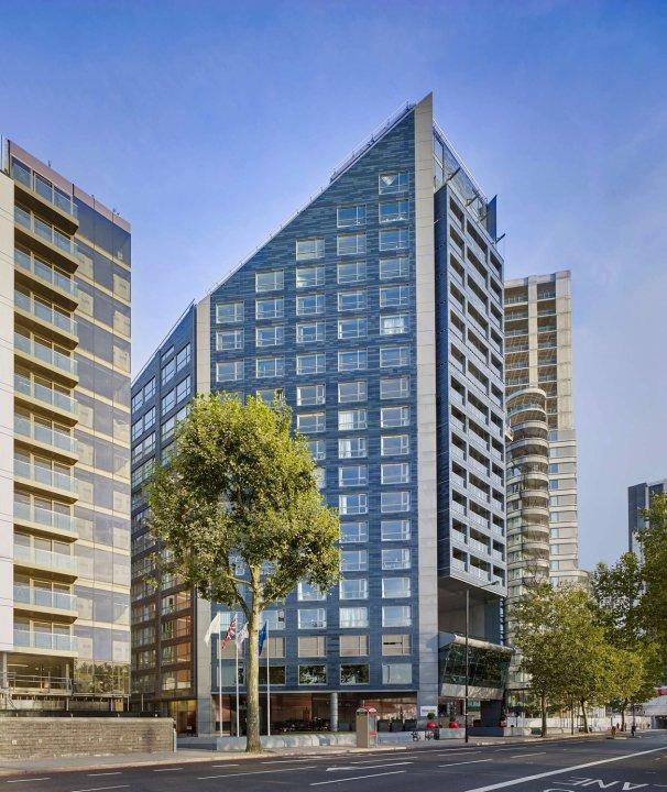 伦敦丽亭滨河酒店(Park Plaza London Riverbank)