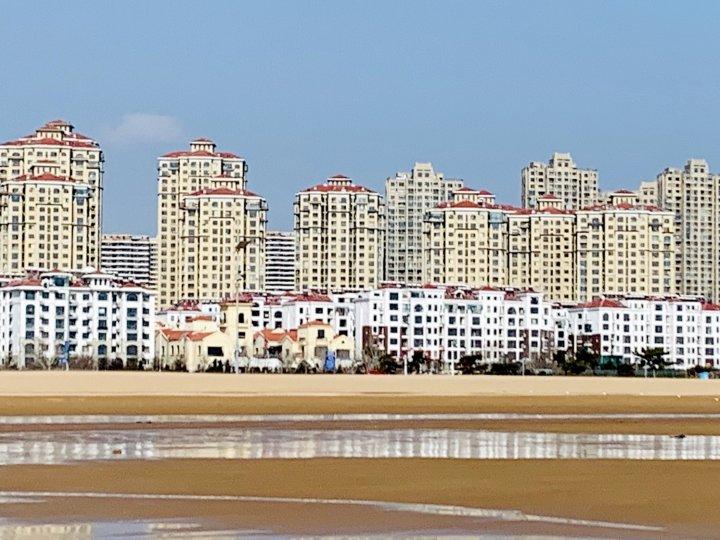 青岛金沙滩海边温馨海景居家套房