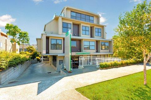 奥克兰亚历山大品质酒店(Quality Suites Alexander Inn Auckland)