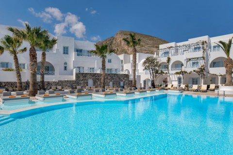 圣托里尼基萨莫斯度假酒店(Kastelli Resort Santorini)