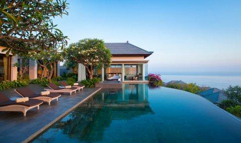 巴厘岛乌加山尤马纳度假酒店(Jumana Bali Ungasan Resort)