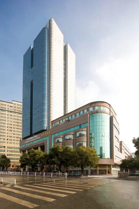 南昌锦峰大酒店