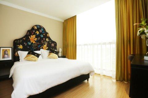 上海迪宫酒店