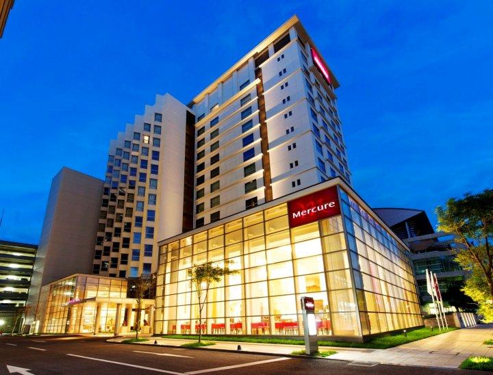 冲绳那霸美居酒店(Mercure Hotel Okinawa Naha)