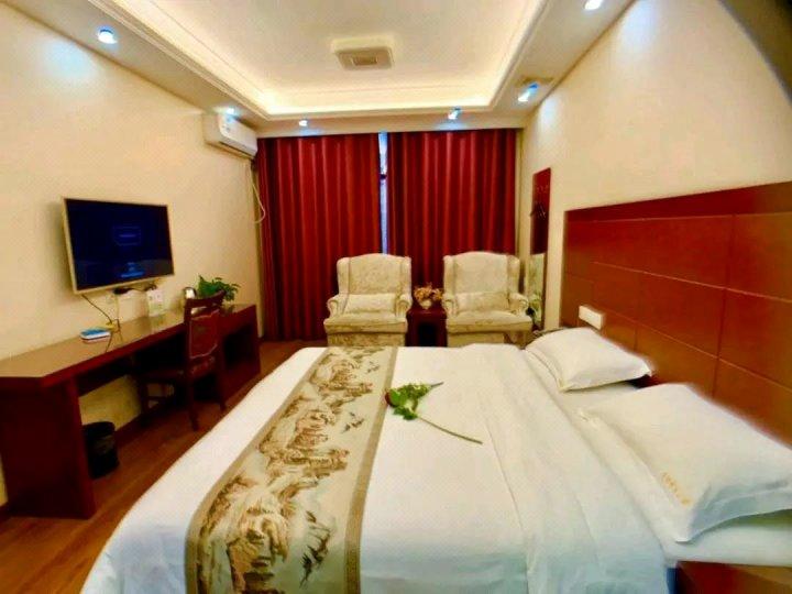 潜江高雅商务酒店