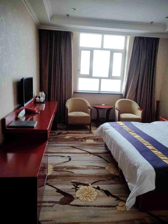 塔什库尔干蓝天大酒店