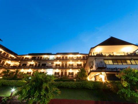 湄公河滨酒店(Namkhong Riverside)