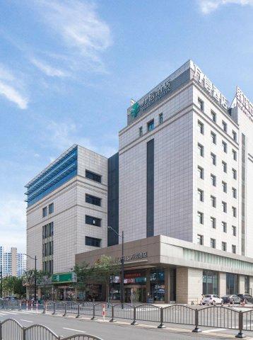 上海陆家嘴万信酒店