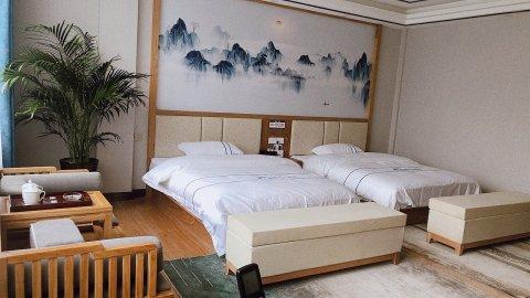 镇雄唐佳大酒店