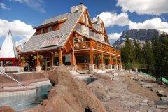 班夫暗岭度假酒店(Hidden Ridge Resort Banff)