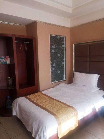 丰镇聚阳商务酒店
