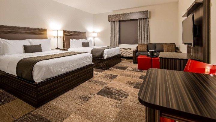 机场贝斯特韦斯特优质套房酒店(Best Western Plus Airport Inn & Suites)
