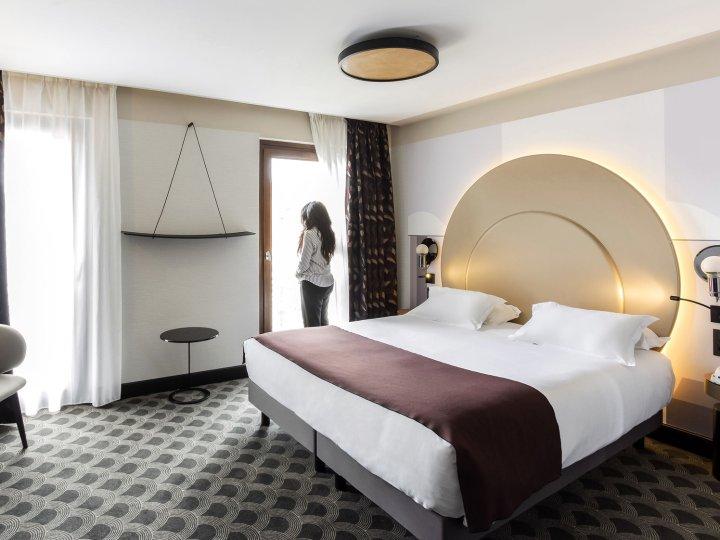 Hôtel Cannes Centre Univers