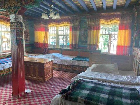 工布江达加措家庭旅馆