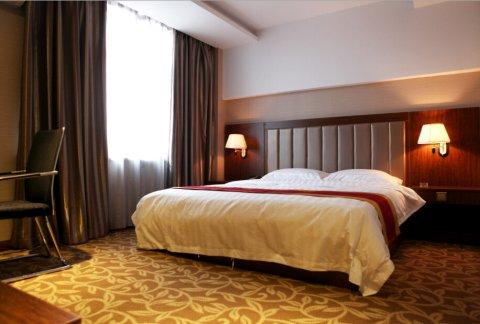 桦川盛世隆華宾馆