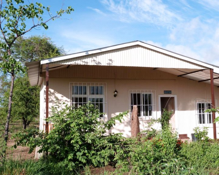 Muchenje Self Catering Cottages